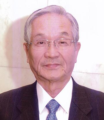 十四代理事長 篠田 照雄氏